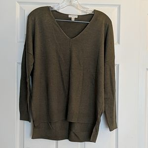Leith Olive V-neck Sweater XS